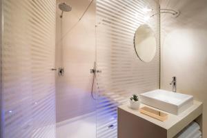 Zolderkamer 1 Slaapkamer (4 volwassenen) - Marco Aurelio