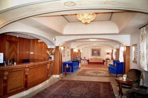 Grand Hotel Helio Cabala, Hotely  Marino - big - 28