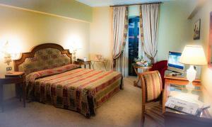 Grand Hotel Helio Cabala, Hotely  Marino - big - 2