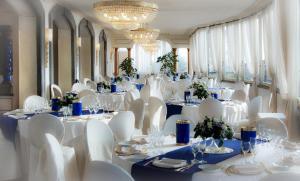 Grand Hotel Helio Cabala, Hotely  Marino - big - 29