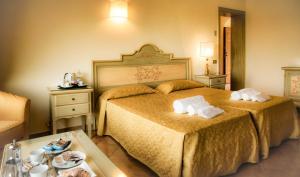 Grand Hotel Helio Cabala, Hotely  Marino - big - 4