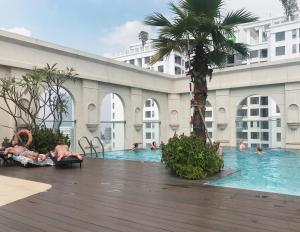 T&T Apartment - Icon56 Rooftop Pool, Apartments  Ho Chi Minh City - big - 22