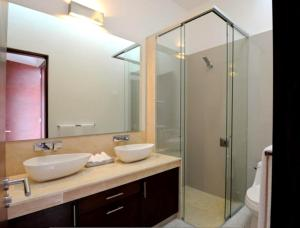 Luxury 2 Bedroom Bahia Principe Condo, Apartments  Akumal - big - 48