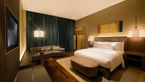 Conrad Pune - Luxury by Hilton, Hotely  Pune - big - 28