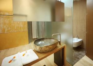 Ambienthotel PrimaLuna, Hotely  Malcesine - big - 2