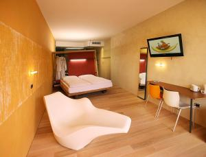Ambienthotel PrimaLuna, Hotely  Malcesine - big - 3