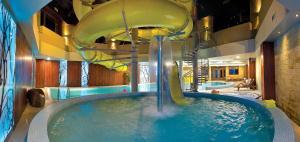 Hotel Artus, Отели  Карпач - big - 36