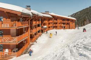 Pierre & Vacances Premium Les Alpages de Chantel, Aparthotels  Arc 1800 - big - 57