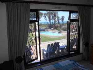 Uvongo Destiny4u Retreat, Holiday homes  Margate - big - 10
