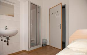 Jugend- und Familiengästehaus Heiligenblut, Hostels  Heiligenblut - big - 76