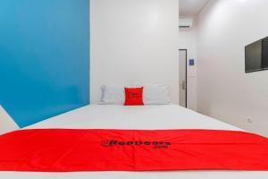 RedDoorz Plus near Pecenongan, Guest houses  Jakarta - big - 2