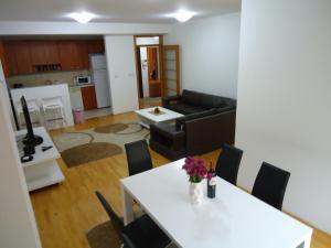 Skopje Apartments Deluxe, Ferienwohnungen  Skopje - big - 1