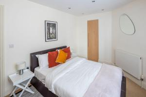 Stunning 1 bed sleeps 4 in Paddington, Apartmány  Londýn - big - 5