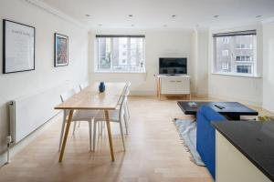 Stunning 1 bed sleeps 4 in Paddington, Apartmány  Londýn - big - 11