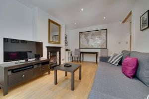 Entire Home in Islington sleeps 4 with garden, Апартаменты  Лондон - big - 5