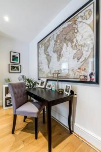 Entire Home in Islington sleeps 4 with garden, Апартаменты  Лондон - big - 13