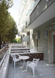 Hotel Vienna, Отели  Габичче-Маре - big - 13