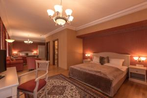 Hotel Kaiservilla, Szállodák  Heiligenblut - big - 13