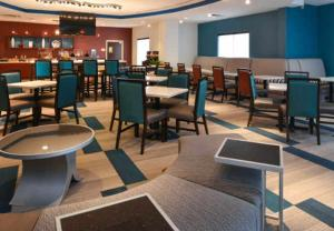 SpringHill Suites by Marriott Oklahoma City Airport, Szállodák  Oklahoma City - big - 19