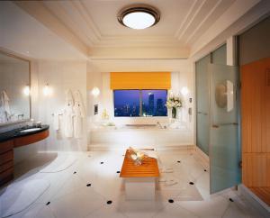 Four Seasons Shanghai Hotel at Puxi (19 of 65)
