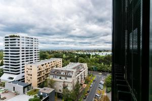 COMPLETE HOST St Kilda Rd Apartments, Апартаменты  Мельбурн - big - 61