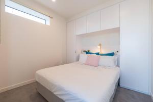 Melbourne CBD 1 Bedroom Skyline@La Trobe Tower