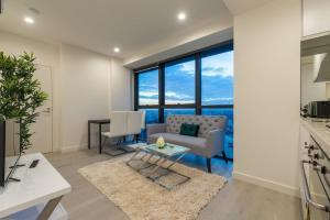 Melbourne CBD 2 Bedroom with View@La Trobe Tower
