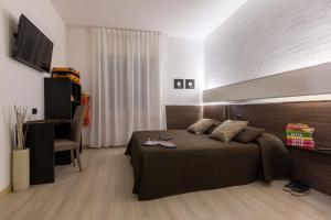 Hotel Isola Verde, Отели  Торболе - big - 19