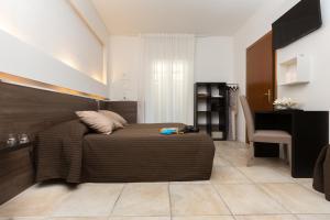 Hotel Isola Verde, Отели  Торболе - big - 20