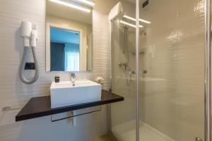 Hotel Isola Verde, Отели  Торболе - big - 31