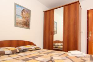 Guesthouse Monte Top Ksenia D, Penzióny  Budva - big - 2