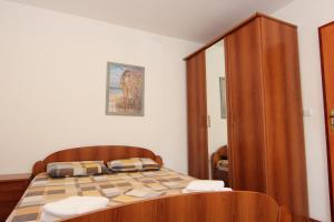 Guesthouse Monte Top Ksenia D, Penzióny  Budva - big - 9