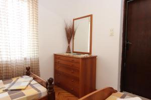 Guesthouse Monte Top Ksenia D, Penzióny  Budva - big - 8