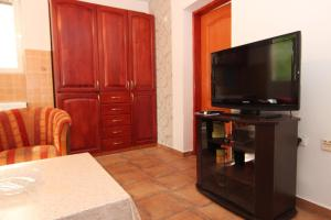 Guesthouse Monte Top Ksenia D, Affittacamere  Budua - big - 6