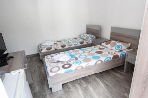 Guesthouse Monte Top Ksenia D, Affittacamere  Budua - big - 33