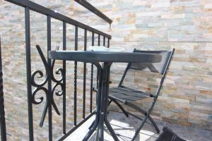 Guesthouse Monte Top Ksenia D, Penzióny  Budva - big - 90