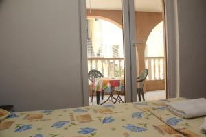 Guesthouse Monte Top Ksenia D, Penzióny  Budva - big - 119