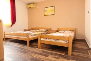 Guesthouse Monte Top Ksenia D, Affittacamere  Budua - big - 160