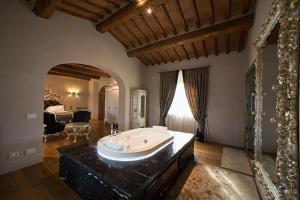 Relais La Corte dei Papi, Hotels  Cortona - big - 26