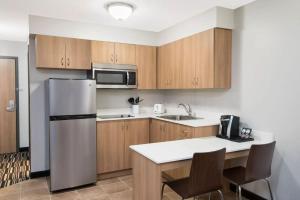 Microtel Inn & Suites by Wyndham Sudbury, Hotely  Sudbury - big - 4