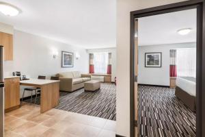 Microtel Inn & Suites by Wyndham Sudbury, Hotely  Sudbury - big - 22