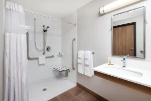 Microtel Inn & Suites by Wyndham Sudbury, Hotely  Sudbury - big - 19