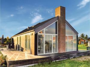 Holiday home Asbo, Дома для отпуска  Sønderby - big - 1