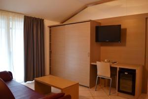Villa Franca, Hotel  Nago-Torbole - big - 93