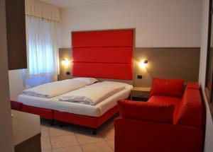 Villa Franca, Hotel  Nago-Torbole - big - 99