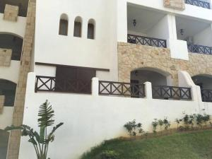 Beautiful Apartment in Lilac's Garden, Cabo Negro