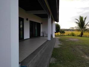 Mawat Villa, Дома для отпуска  Куах - big - 19