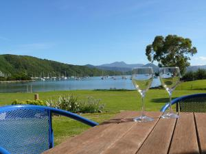 Bay Vista Waterfront Motel, Motels  Picton - big - 65