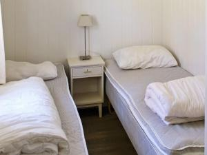 Two-Bedroom Holiday home in Averøy 1, Case vacanze  Karvåg - big - 8