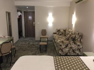 Hotel Du Pont Vieux, Hotely  Carcassonne - big - 39
